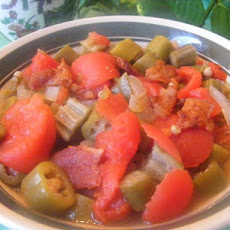 Southern Okra and Tomatoes With Bits of Bacon