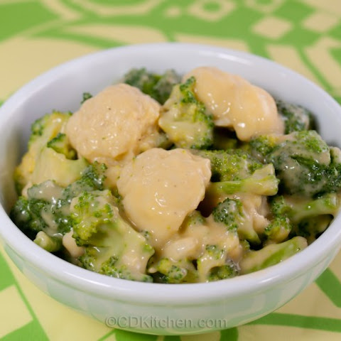 Broccoli And Cauliflower With Cheese Sauce