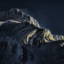 Cascade Mountains by Greg Harcharik - Landscapes Mountains & Hills ( washington, mountains, winter, cascades, landscape,  )