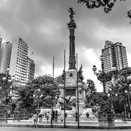 Praça Campo Grande, Salvador/Ba by Aldemir Vieira - City,  Street & Park  City Parks ( brazil, bw, bahia, salvador, brasil, campo grande )