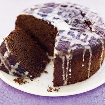 Sticky Stem Ginger Cake With Lemon Icing