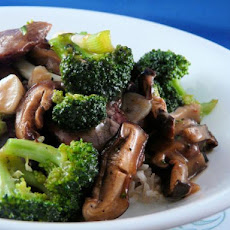 Stir Fried Broccoli With Beef