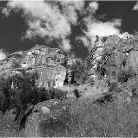 Mountain formations by Dirk Luus - Landscapes Mountains & Hills ( mountain, nature, rocky, formations, landscape, black and white, b&w )