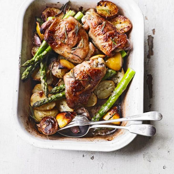 Rosemary Roast Chicken Thighs, New Potatoes, Asparagus & Garlic Recept ...