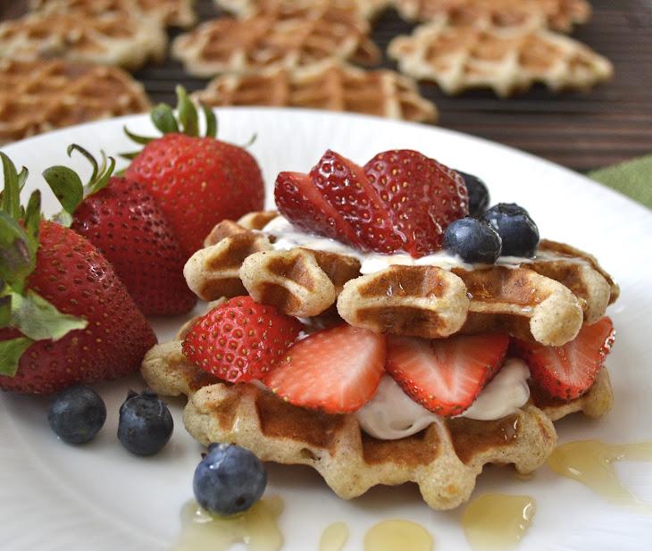 Banana Nut Waffles Recept   Yummly