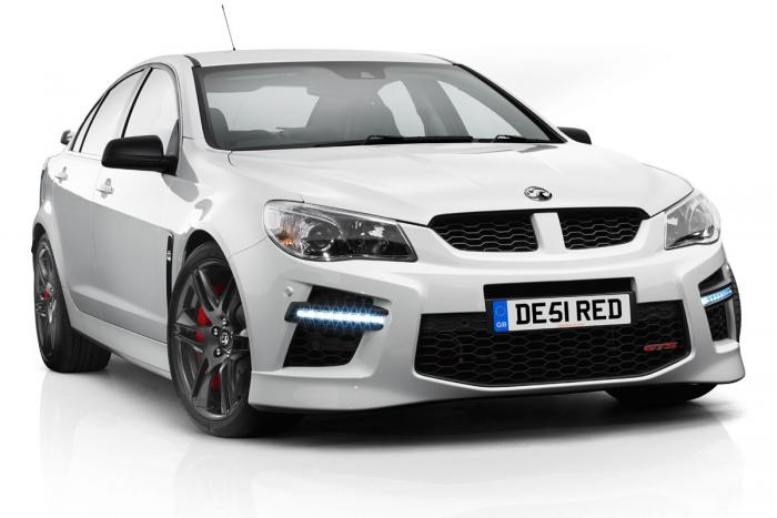 Vauxhall-VXR8-GTS-front