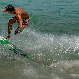 AIR by Jose Augusto Belmont - Sports & Fitness Surfing ( niterói, surfing, surfista, surfer, itacoatiara, surf, surfers )