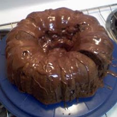 Easy Chocolate Chip Pound Cake