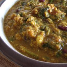 Vegetarian Red Lentil Curry with Spinach