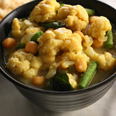 Cauliflower Green Curry
