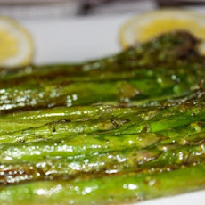 Asparagus with Garlic Lemon Gremolata