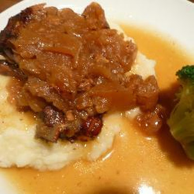 Slow Cooker Pork Chops with Apple