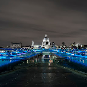 Millennium Bridge by Emanuel Ribeiro - Buildings & Architecture Architectural Detail ( city at night, street at night, park at night, nightlife, night life, nighttime in the city )