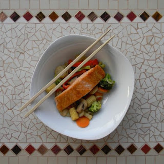 Grilled Salmon with Stir-Fried Veg