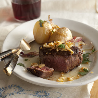 Steak with Fried Garlic