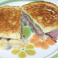 Grilled Roast Beef and Melted Pepper Jack Cheese Sandwich