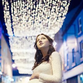 Christmas Baby by Konrad Świtlicki-Paprocki - People Maternity ( maternity )
