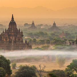 Myauk Guni in early morning, Bagan, Myanmar by Krissanapong Wongsawarng - Landscapes Travel ( myanmar, sunrise, bagan )