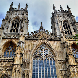 York Minster by Nic Scott - Buildings & Architecture Places of Worship ( minster, place of worship, york )