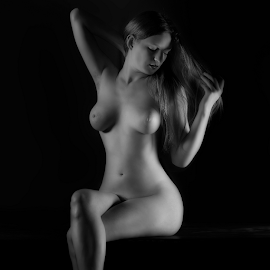 Ruby Nude by Marie Otero - Nudes & Boudoir Artistic Nude ( www..lostaussie.com, model, monochrome, nude, black and white, ruby, female, fine art, artistic, nyc, otero )