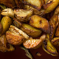 Rosemary and Garlic Roasted Potatoes Recipe