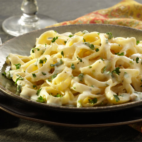 Fettuccine with Herbed Cheese Sauce
