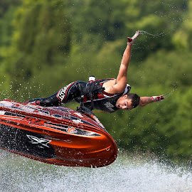 world jet ski champion, Anthony Burgess by Dave Hudson - Sports & Fitness Watersports