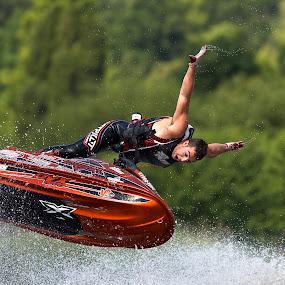 world jet ski champion, Anthony Burgess by Dave Hudson - Sports & Fitness Watersports (  )