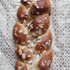 Braided Cardamom Bread (Pulla)