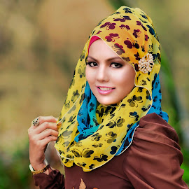 Tudung by Sham  Nikonia - People Fashion