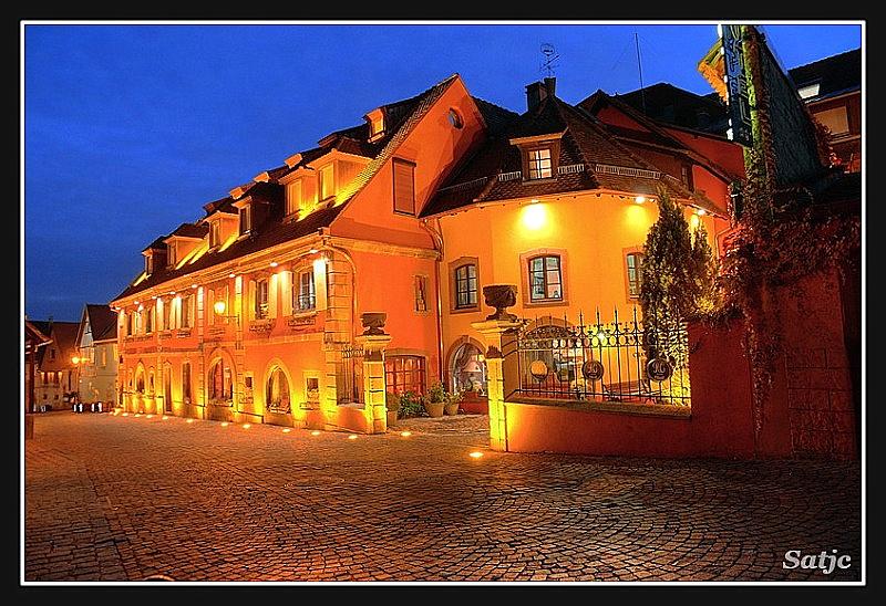 Comment poster une photo sur le Forum via Picasa (Ver.1) Hotel.bmp