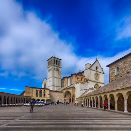 Basilica di San Francesco in Assisi by Ivano Mancino - City,  Street & Park  Historic Districts ( umbria, san francesco in assisi, italy, assisi, basilica )