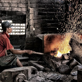 metalworker on Bali by Catchlights Fotografie - People Portraits of Men ( balinese, bali, metal, indonesia, poke, asia, worker, sparks, fire,  )