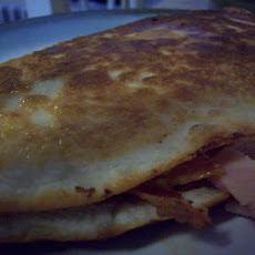 Bacon and Egg Ranch-Salsa Breakfast Quesadillas
