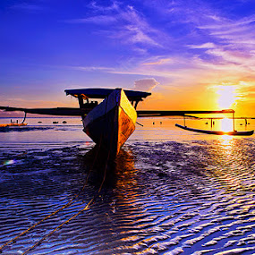 Morning boat by Bastian M - Transportation Boats ( traditional boat, beach, boat, morning, sun )