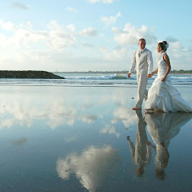 In the Beach by Amin Basyir Supatra - Wedding Bride & Groom ( love, bali, walking, prewedding, wedding, cloud, sea, beach )