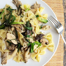 Chicken Pasta with Mixed Mushrooms and Green Onions