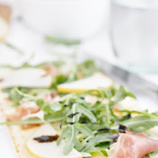 Pear Prosciutto and Arugula Flatbread Pizza