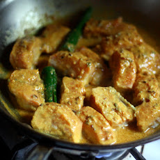 Dinner Tonight: Salmon in a Bengali Mustard Sauce