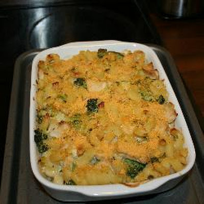 Chicken, Leek And Broccoli Creamy Pasta Bake