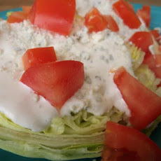 Lone Star Steakhouse Lettuce Wedge Salad (Bleu Cheese Dressing)