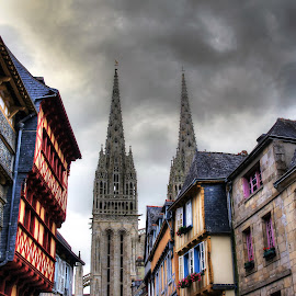Quimper by Bruno Gueroult - City,  Street & Park  Historic Districts ( finistére, cathédrale, pentax kx, quimper, ville, france, urbain )