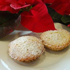 Boozy Mince Pies With Vanilla Almond Topping