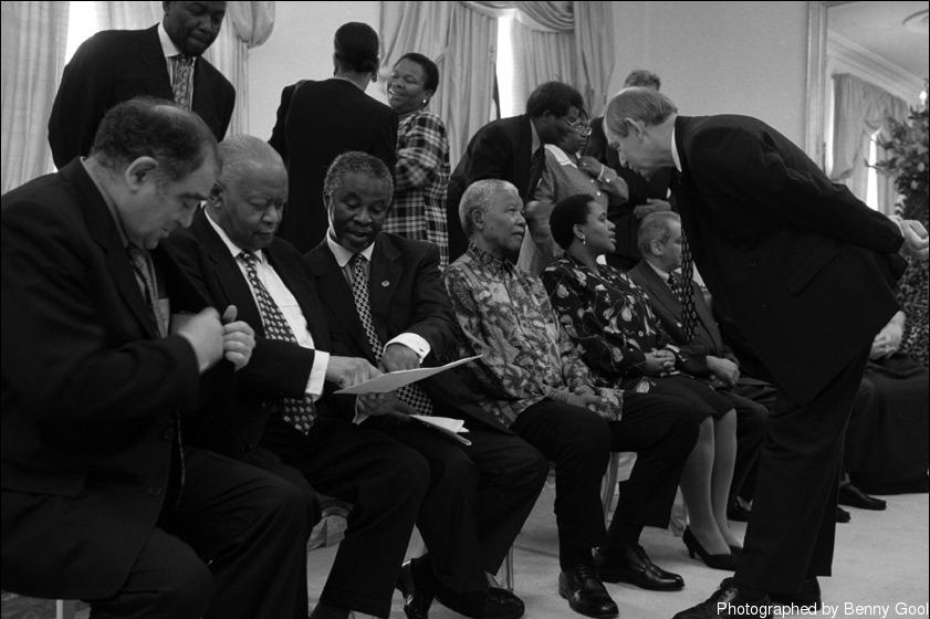 """""""สิ่งที่ Mandela แสดงให้เห็นเสมอคือสำนึกแห่งความอ่อนน้อมถ่อมตน"""""""