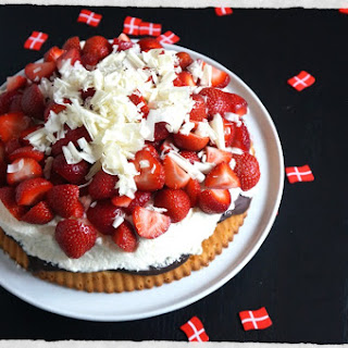Danish Summer Strawberry Pie