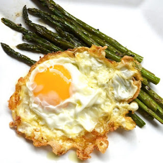 Olive Oil-Fried Eggs with Asparagus