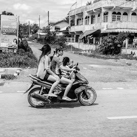 Threesome by Barry Ooi - Transportation Motorcycles ( hat yai )
