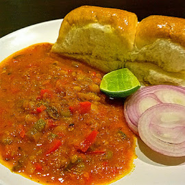 by Abdul Salim - Food & Drink Plated Food