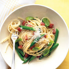 Spaghetti with Pancetta, Green Beans, and Basil