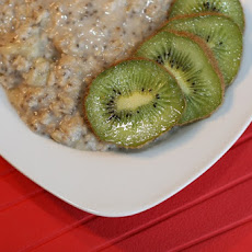 Quick and Easy Chia Banana Kiwi Oatmeal